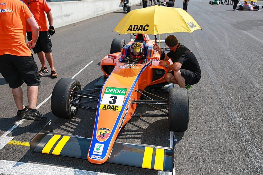 Benjamin Mazatis trotzt der Hitze auf dem Lausitzring