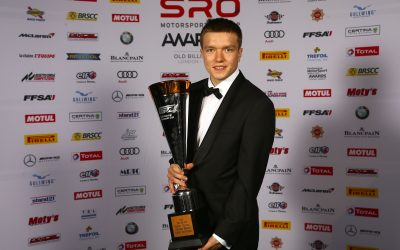 Benjamin Mazatis receives trophy at SRO Awards Night in London